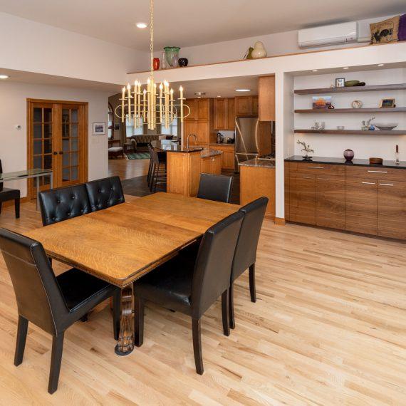 Portfolio - image 3360-25th-st-dining-room-looking-kitchen-570x570 on https://www.flatironsconstruct.com