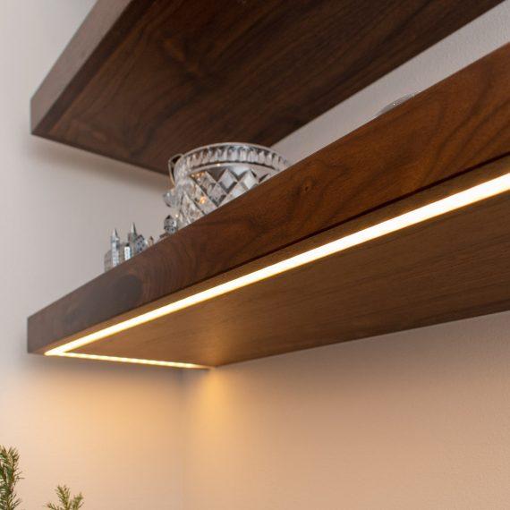 Portfolio - image 3360-25th-st-under-floating-shelf-lighting-detail-2-570x570 on https://www.flatironsconstruct.com