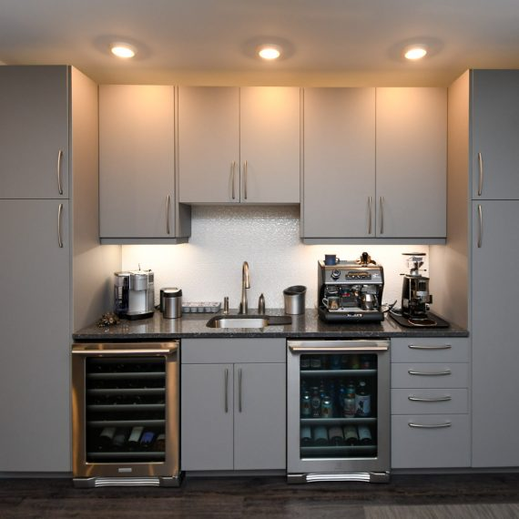 Portfolio - image 624-pearl-304-coffee-wine-bar-cabinetry-570x570 on https://www.flatironsconstruct.com