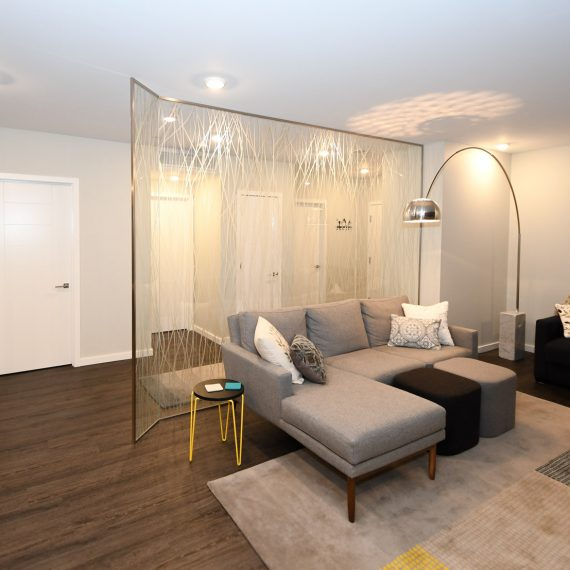 Portfolio - image 624-pearl-304-glass-partition-living-room-570x570 on https://www.flatironsconstruct.com