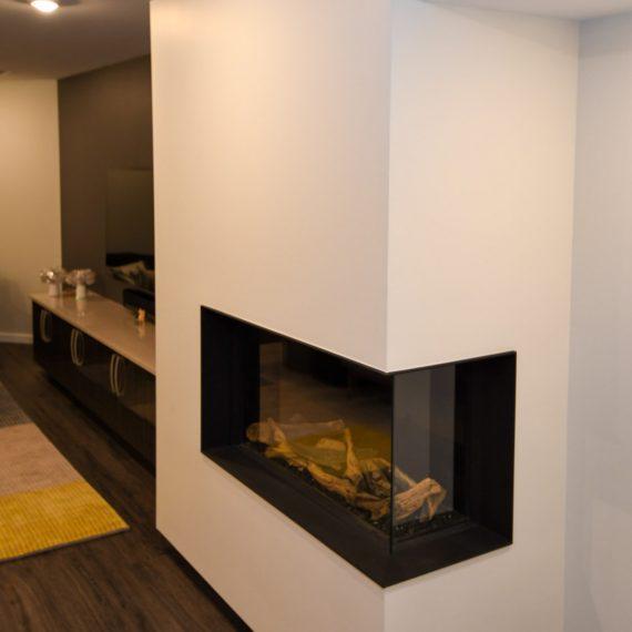 Portfolio - image 624-pearl-304-in-wall-fireplace-570x570 on https://www.flatironsconstruct.com
