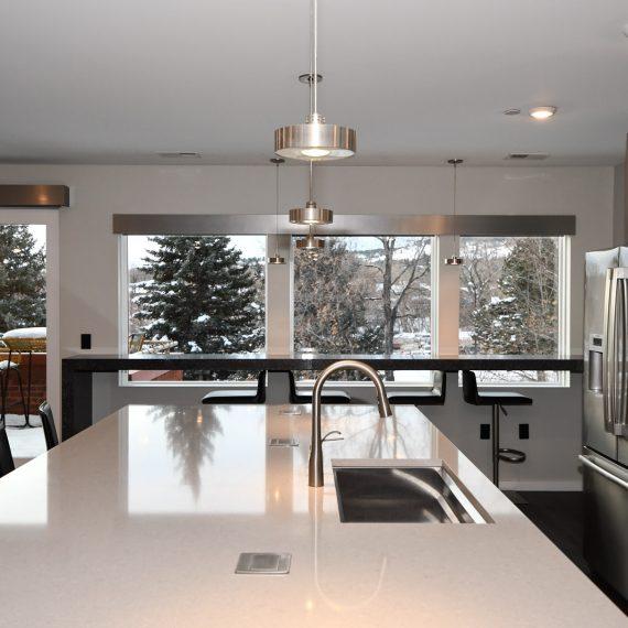 Portfolio - image 624-pearl-304-kitchen-island-bar-porch-570x570 on https://www.flatironsconstruct.com