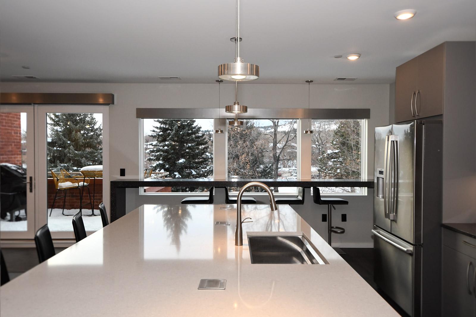 624 pearl 304 kitchen island bar porch