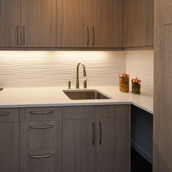 Portfolio - image 624-pearl-304-laundry-cabinetry-570x570 on https://www.flatironsconstruct.com