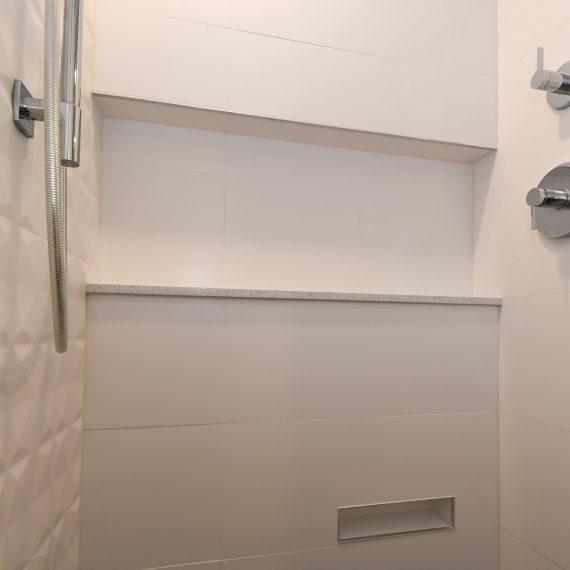 Portfolio - image 624-pearl-304-shower-niche-shave-niche-detail-1-570x570 on https://www.flatironsconstruct.com