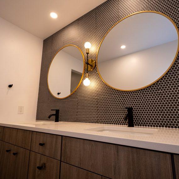 Portfolio - image 7810-durham-way-guest-bathroom-vanity-1-570x570 on https://www.flatironsconstruct.com