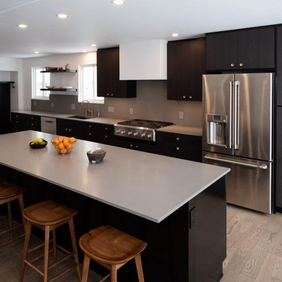 Portfolio - image 7810-durham-way-kitchen-island-nook-overview-570x570 on https://www.flatironsconstruct.com