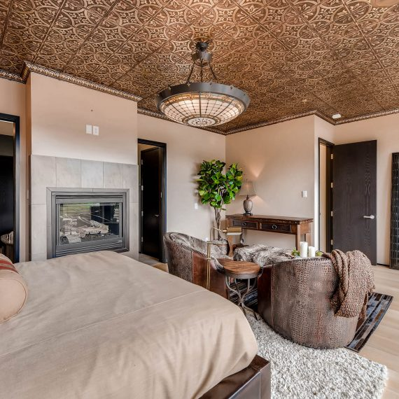 Portfolio - image 820-Pearl-Street-Unit-D-print-020-11-2nd-Floor-Master-Bedroom-2700x1802-300dpi-570x570 on https://www.flatironsconstruct.com