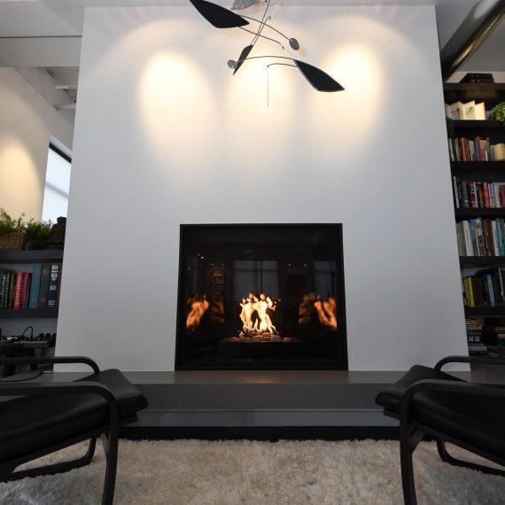 Portfolio - image walnut-201-fireplace-hearth-570x570 on https://www.flatironsconstruct.com