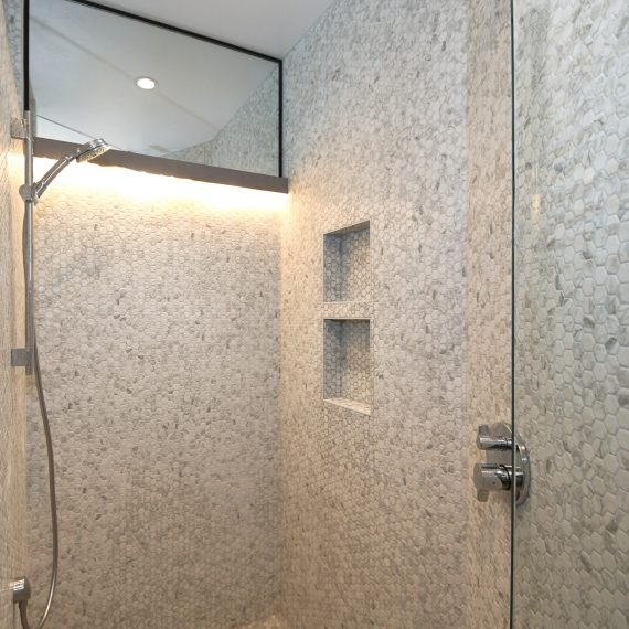 Portfolio - image walnut-201-master-shower-1-570x570 on https://www.flatironsconstruct.com